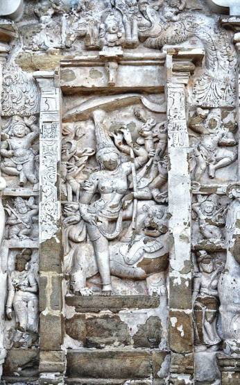 Devi at the Kailasanathar Temple, Kanchipuram