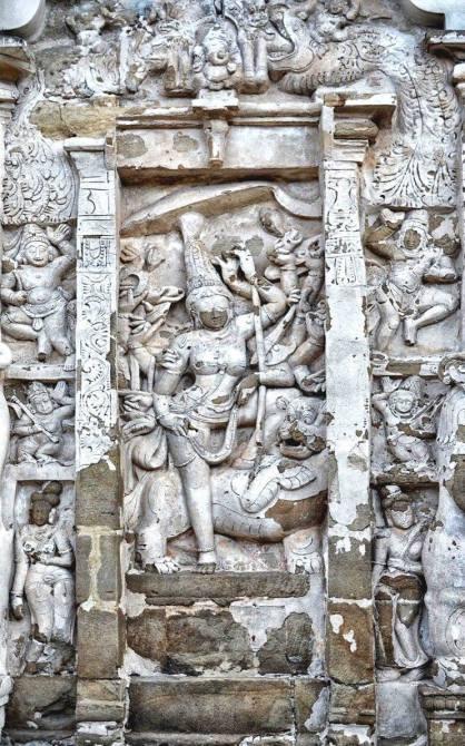 Devi at the Kailasanathar Temple, Kanchipuram