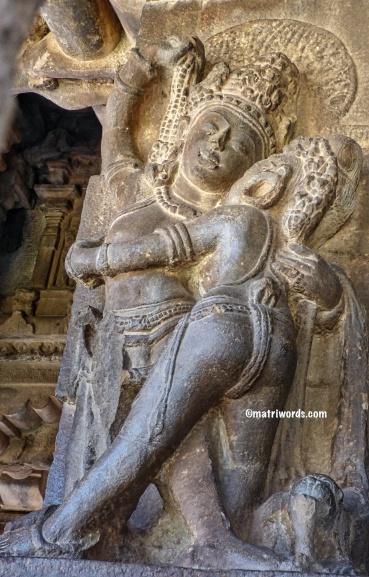 Maithuna sculpture 2