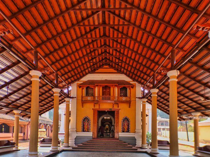 The wide open porch, Devakikrishna temple, Goa